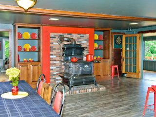 The Tortoise and The Mare Self-keeping Inn - Sumner vacation rentals