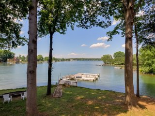 What a View Too! Great Family Meeting Place!  New Renovation. - Lake Norman vacation rentals