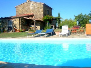 Charming House in Sorano with Deck, sleeps 5 - Sorano vacation rentals