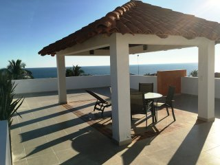 Perfect Condo with Deck and Internet Access - Puerto Escondido vacation rentals