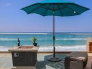 Luxury Beachfront Rental, Oceanfront with Air Con - Image 1 - Oceanside - rentals
