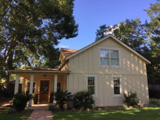 Cozy 3 bedroom Fairhope House with Internet Access - Fairhope vacation rentals