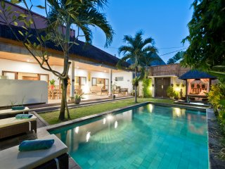 Villa Star, 3 bedroom with pool central Seminyak - Seminyak vacation rentals