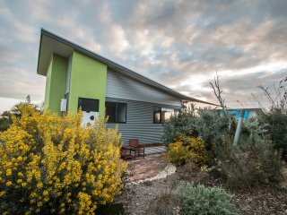 Coorong Cabins (Wren) - Deluxe Accommodation - Meningie vacation rentals