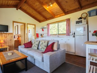 Bright 6 bedroom Cottage in Yanakie - Yanakie vacation rentals