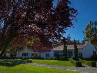 Lovely Bed and Breakfast with Internet Access and Wireless Internet - Kurow vacation rentals