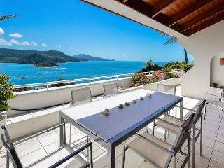 Bella Vista E9 - Ocean View Spacious 2 Bedroom - Hamilton Island vacation rentals