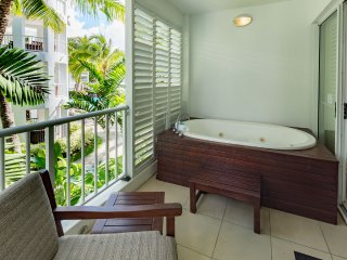 Peppers Beach Club Oasis 3322 - Waterfront Resort Spacious 2 Bedroom Apartment Sleeps Up To 6 - Palm Cove vacation rentals