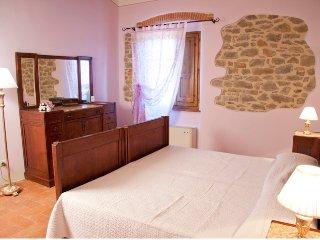 Atmosfera magica in Toscana - Viola - Cortona vacation rentals