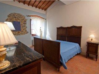 Pace e relax immersi in Toscana - Blu - Cortona vacation rentals