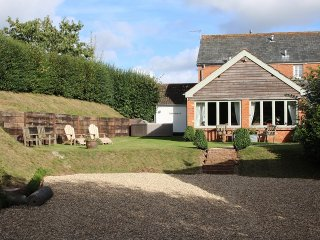 Wonderful 4 bedroom Cottage in Ottery Saint Mary - Ottery Saint Mary vacation rentals