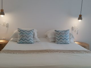 Cozy & Deluxe Villa in Parikia by the beach - Parikia vacation rentals