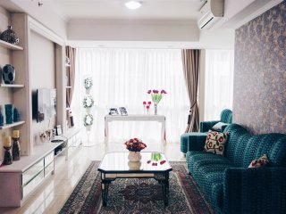 Cozy bright 2 bedrooms apartment - Jakarta vacation rentals