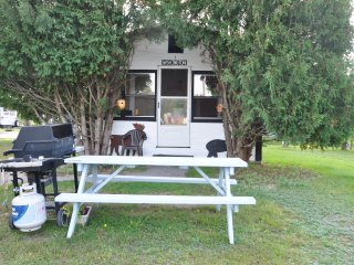Mount Washington view king Cottage with heat & AC - Twin Mountain vacation rentals