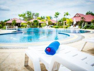 2 Bed House Villa Rayong Pool Internet Air Con - Klaeng vacation rentals