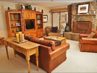 Steps from Ski Slopes - Perfect for 3 Couples  (1517) - Steamboat Springs vacation rentals