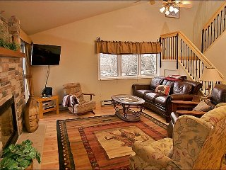 Only 150 Yards to Ski Slopes - Warm, Comfy, & Updated Property (3832) - Steamboat Springs vacation rentals