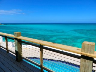 MODERN OCEAN-FRONT PARADISE - Nassau vacation rentals