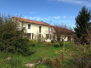 Beautiful farmhouse in Armagnac and Madiran region - Riscle vacation rentals