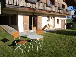 Highly convenient apartment, views of Mont Blanc - Combloux vacation rentals