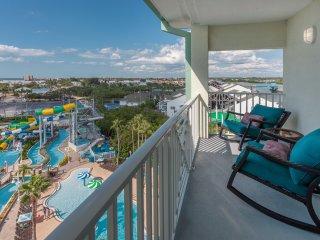 2 Balconies - Waterpark, Gulf, Intercostal Views! - Indian Rocks Beach vacation rentals