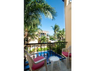 Balcony overlooking the pool, peaceful apartment with great amenities - Puerto Morelos vacation rentals