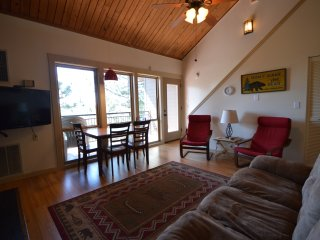 Private loft condo - Seventh Mountain Resort - Bend vacation rentals