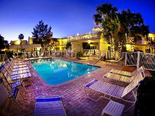 The Seabreeze at the Floranada Resort on the Beach – Heated Freshwater Pool! - Pompano Beach vacation rentals