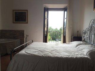 Casa Rivisndoli con sauna,idromassaggio e camino - Rivisondoli vacation rentals