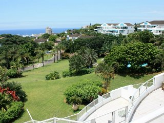 Lovely 3 bedroom Condo in Ballito with A/C - Ballito vacation rentals