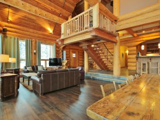 The Timbers - Ski In/Ski Out Log Lodge - Fernie vacation rentals