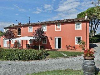 Charming 6 bedroom Villa in San Michele di Moriano - San Michele di Moriano vacation rentals