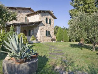 Comfortable 4 bedroom Villa in San Leonardo in Treponzio - San Leonardo in Treponzio vacation rentals