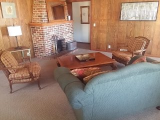 Small Town Vibe in the Metro (Private Home) - Omaha vacation rentals