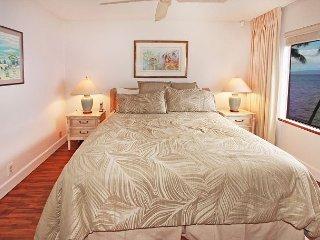 #401 - 2 Bedroom/2 Bath Ocean Front unit on Sugar Beach! - Kihei vacation rentals