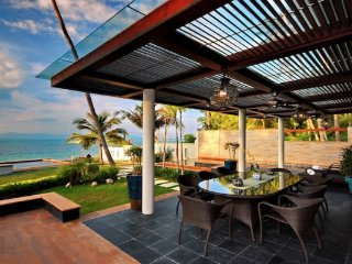Tropical Beachfront Villa - Mae Nam vacation rentals