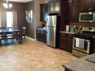 Perfect House with Washing Machine and Television - Union City vacation rentals