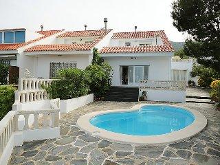 2 bedroom Villa in Llanca, Costa Brava, Spain : ref 2216910 - Llanca vacation rentals
