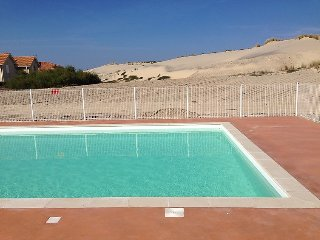 2 bedroom Villa in Biscarosse, Les Landes, France : ref 2242617 - Biscarrosse vacation rentals