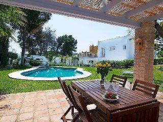 3 bedroom Villa in Marbella, Costa del Sol, Spain : ref 2252909 - San Pedro de Alcantara vacation rentals