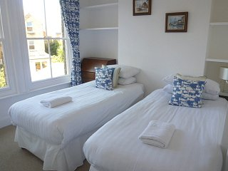 Spacious & Light Apartment - Cowes vacation rentals