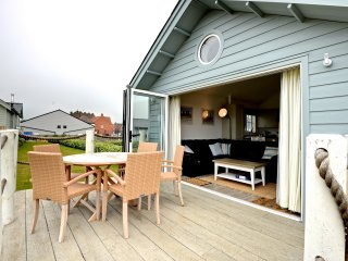 Stunning 2 bedroomed detached filey beach house - Filey vacation rentals