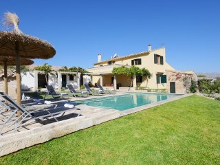 Beautiful Villa with Internet Access and A/C - Alcudia vacation rentals