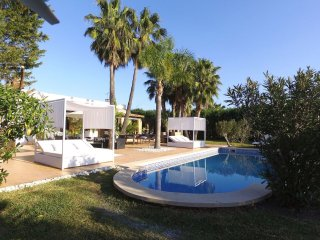 Gorgeous 5 bedroom Villa in Sa Pobla - Sa Pobla vacation rentals