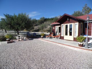 Nice Cabin with Internet Access and A/C - Cocentaina vacation rentals
