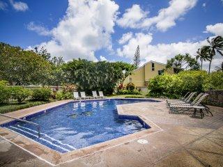 Turtle Bay Condo - w/ pool, AC, near beach - Kahuku vacation rentals