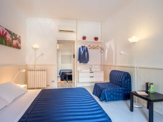 Alibert- One bedroom apartment (Max 4 PAX) - Rome vacation rentals