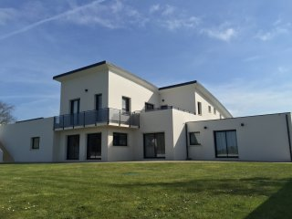 Nouveauté 2016 Villa 4 à 14 personnes mer à 600m - Saint-Pabu vacation rentals