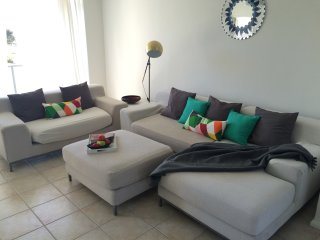 2 bedroom Apartment with Washing Machine in West Beach - West Beach vacation rentals