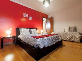 Apartamento Namastê,T5,c/garagem,centro Lisboa - Lisbon vacation rentals